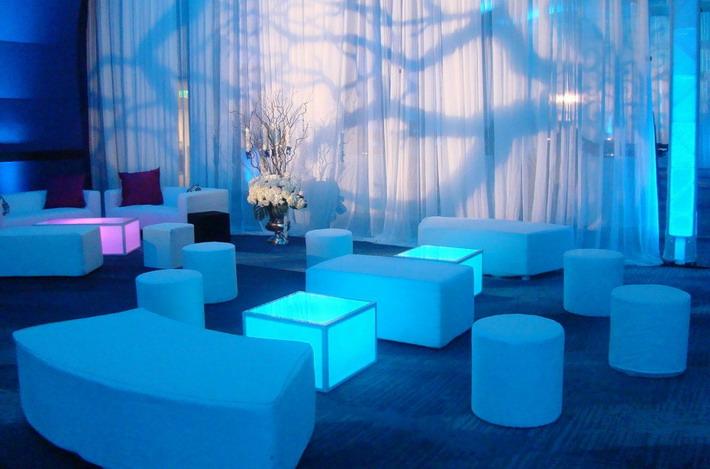 Nosilence noleggio tavoli e sedie per eventi e meeting a roma